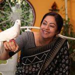 Kaatrin Mozhi, Jyothika, bird, love