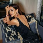 Neha Sharma, backside pose, sightly