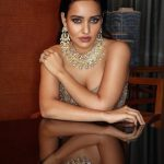 Neha Sharma, different costume, marvelous