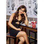 Neha Sharma, kissable