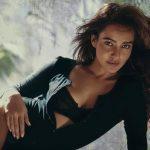 Neha Sharma, romantic look