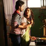 Pyaar Prema Kaadhal, Harish Kalyan, Raiza, kiss, love scene
