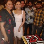 Sayesha Saigal, sayyeshaa, birthday celebration, mom, arya, lovely