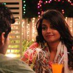 Titanic Kadhalum Kavundhu Pogum, Ashna Zaveri, night, dinner, smile