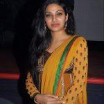 Avanthika Mohan,  Upcoming Tamil Actress, yellow saree