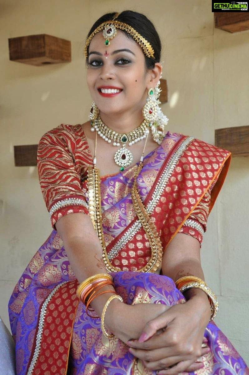 Chandini Tamilarasan Vandi Movie Actress Treditional Pattu Saree