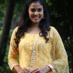 Chandini Tamilarasan,  Vanjagar Ulagam tamil heroine, yellow chudi, recent