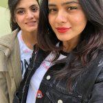 Hebah Patel, selfie, friend