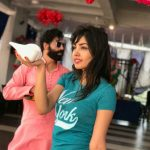 Komal Jha, Glamour Actress, green t shirt