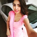Komal Jha, Top Glamours Look, pink chudi, naughty