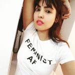 Komal Jha, Top Glamours Look, white t shirt, Smart look
