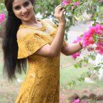 Leema Babu, Dhoni Kabadi Kuzhu Actress, flowers