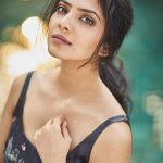 Malavika Mohanan, Petta Actress, Sweet