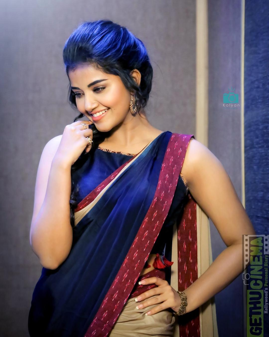 Bollywood Actress Urvashi Rautela Hot HD Images Wallpapers