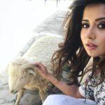Raiza Wilson, top 10 Selfies, winsome