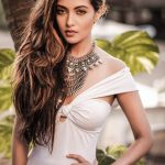 Riya Sen, Un seen Glamours look, ultra modern