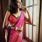 Riya Suman, Telugu Glamour Actress, pink saree, white hip
