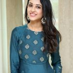 Riya Suman, Top 10 Cute Looks, homely