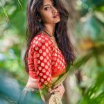 Roshni Prakash, red jacket, side pose, spicy