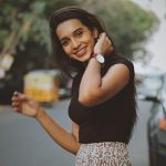 Sanchana Natarajan, Nota Actress, road, photo shoot