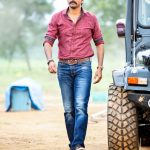 Seema Raja, Sivakarthikeyan, red shirt, blue jean