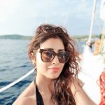 Shriya Saran, glass, selfie, hd