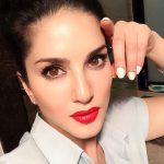 Sunny Leone, make up, red lipsstick