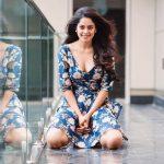 Top Tamil Actress,  Glamour heroines,  Bindhu madhavi, noval