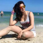 Top tamil glamorous Actress, Raai Laxmi, beach