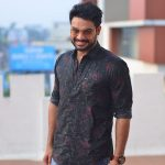 Tovino Thomas, photoshoot, smile, malayalam, Theevandi