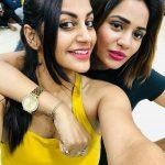Aishwarya Dutta, yaashika anand, hug, yellow inner