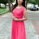 Alya Manasa, Semba, pink dress