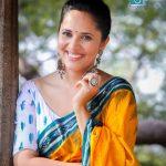 Anasuya Bharadwaj, Yathra actress, yellow saree