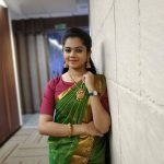 Anitha Sampath, Sun Tv, Anchor, green saree, charming