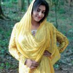 Anu Sithara, And the Oscar goes to heroine, yellow dress