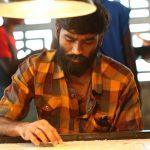 Dhanush, Vada Chennai, carrom player
