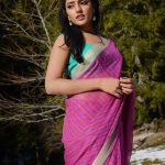 Eesha Rebba, Aravinda Sametha Veera Raghava Actress,  (2)