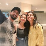 Janani Iyer, best friends, friends, selfie