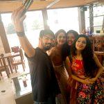 Janani Iyer, selfie, mahat, aishwarya dutta, riythvika, team
