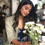 Pooja Hegde, flower, shy, hd