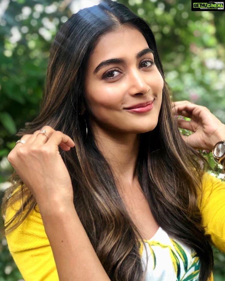 Telugu Actress Pooja Hegde 2018 Latest HD Gallery