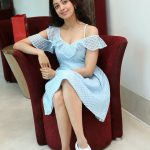 Pranitha Subhash, full size, hd, modren dress, tamil actress