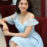 Pranitha Subhash, glamour, sit, hd, wallpaper, cute