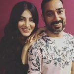 Shruti Haasan,  Good friends
