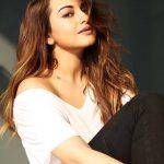 Sonakshi Sinha, Selfie, delicious