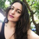 Sonakshi Sinha, Selfie, desirable