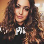 Sonakshi Sinha, Selfie, new hair style