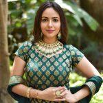 Aanchal Munjal, Sei heroine, green dress, lovely