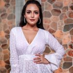 Aanchal Munjal, Sei heroine, white dress