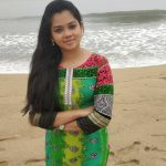 Anitha Sampath, without makeup, vanilai arikai, beach, new look